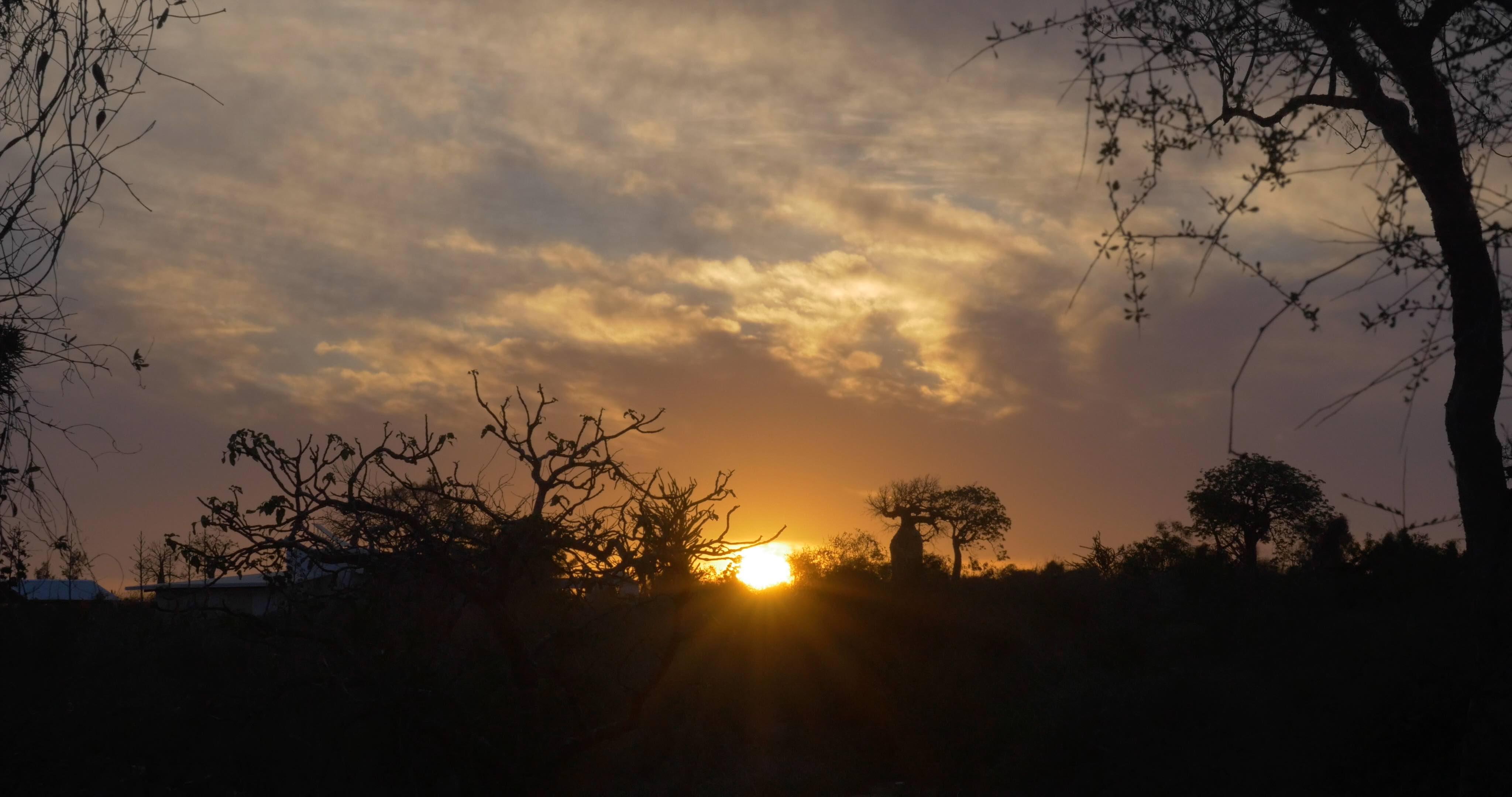 Coucher de soleil Mangily